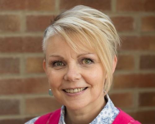 Jane Evans - 2015 headshot 3